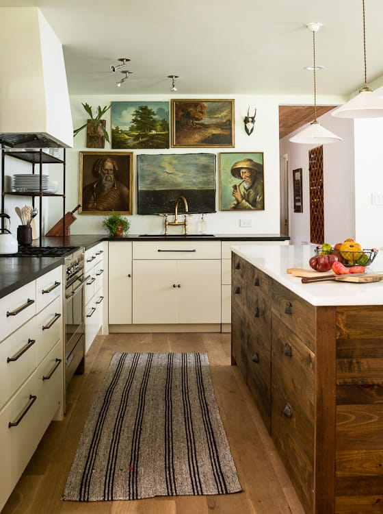 Country Kitchen Designs: 10 Tips On How To Achieve It Without Overspending and Overboarding