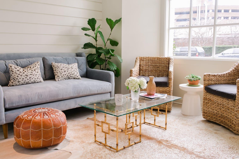 varnish lane nail salon - Home Salon Furniture